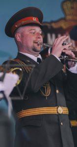 военный оркестр в парке Садовники
